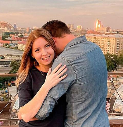 Екатерина Диденко с женихом