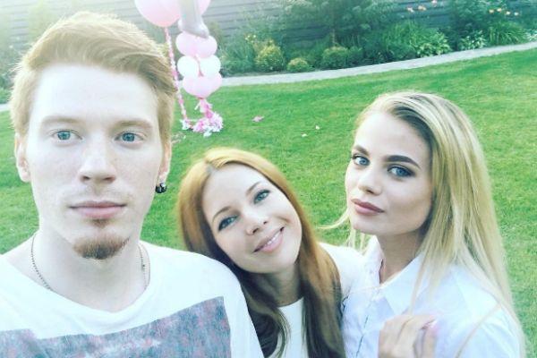 Никита Пресняков, Наталья Подольская и Алена Краснова