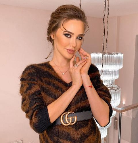 Битва платьев: кто горячее – Анастасия Костенко или Татьяна Котова?