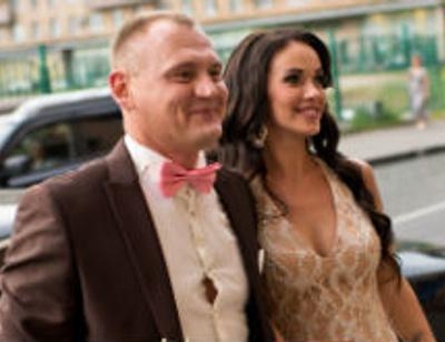 Степан Меньщиков приготовил сюрприз для беременной жены на свадьбе