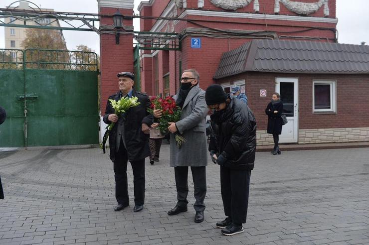 Владимир Меньшов и Игорь Угольников с женой Аллой