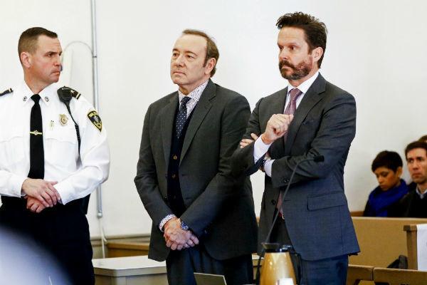 На актера продолжают подавать в суд