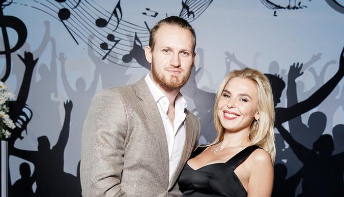Развод Пелагеи и Ивана Телегина отложили из-за минирования суда