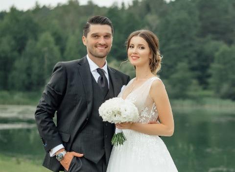 Звезда сериала «Кармелита» Алеса Качер вышла замуж