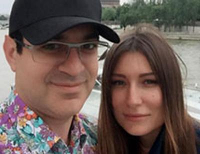 Гарик Мартиросян с женой отметят оловянную свадьбу в спортбаре