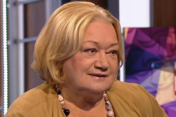 Людмила Полякова стеснялась своего высокого роста