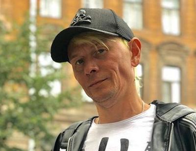 Экс-солист «Отпетых мошенников» стал таксистом из-за безденежья