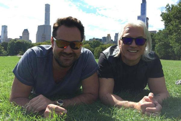 Ильдар Абдразаков и Дмитрий Хворостовский в Центральном парке Нью-Йорка