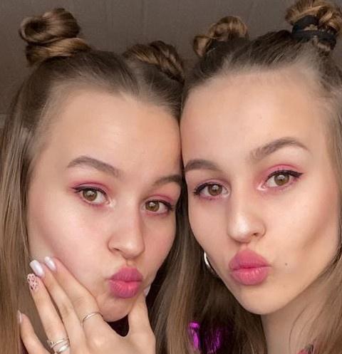 Twixi__twins рассказали, как стать самыми модными близняшками в TikTok