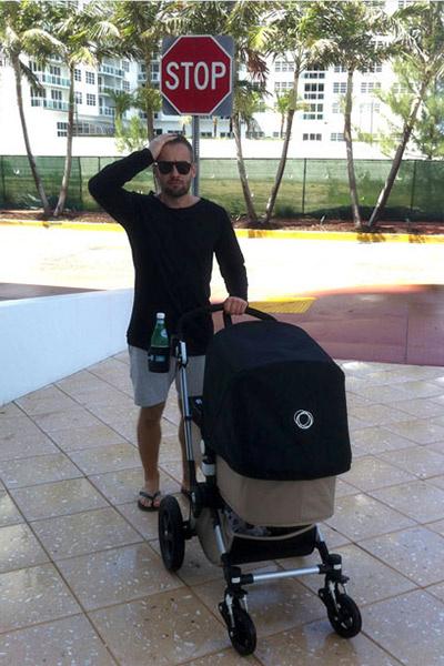Дмитрий Шепелев - отличный отец, любую свободную минуту готов проводить с сыном